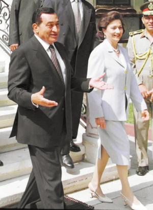 穆巴拉克和他的妻子