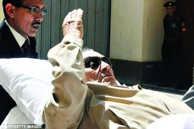 穆巴拉克反对者喜笑颜开。