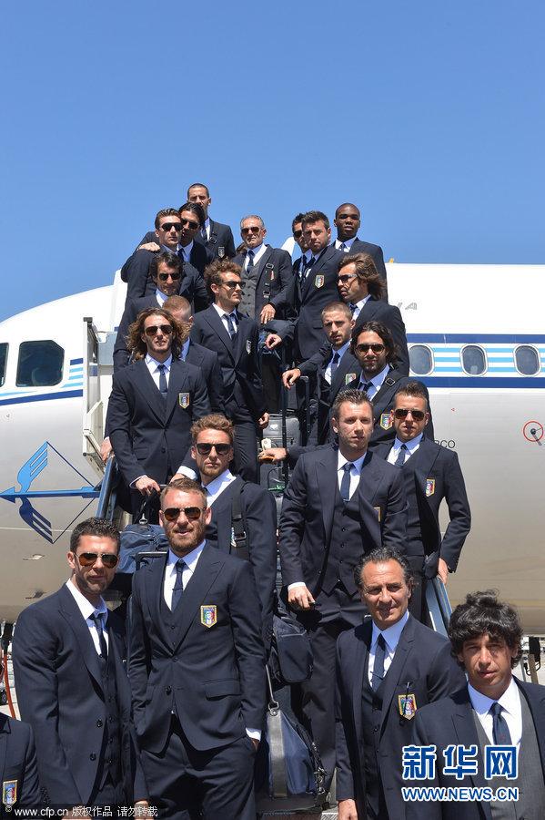 欧洲杯前瞻:意大利国家队启程飞赴波兰(组图)