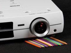 爱普生EH-TW3300C投影机镜头与按键
