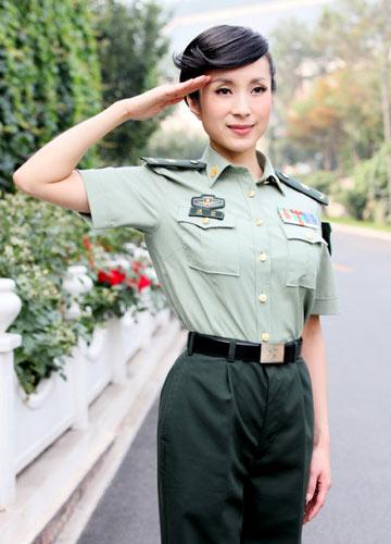 图文:揭秘汤灿成长史