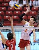 图文:[奥运赛]男排2-3韩国 张晨挥臂扣球