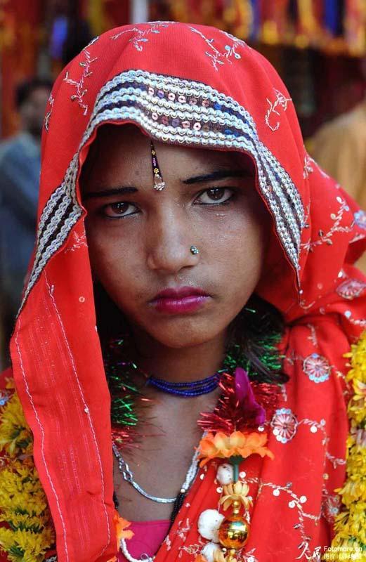 14岁女孩图片网_延续几百年的印度童婚依然盛行(组图)-搜狐新闻