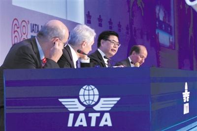 国航董事长:欧盟碳税给中国民航增负180亿元