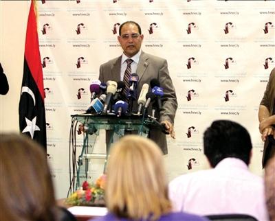 6月10日,利比亚最高选举委员会发言人努里・阿拉巴尔出席新闻发布会。新华社发