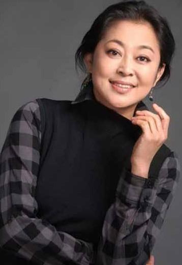 范冰冰 倪萍/倪萍 实至名归的中国青年电影工作者委员会副会长