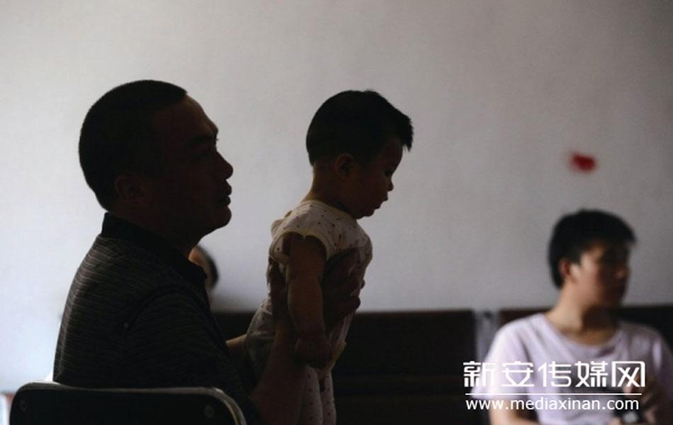 合肥多部门联合突查25处传销窝点【组图】