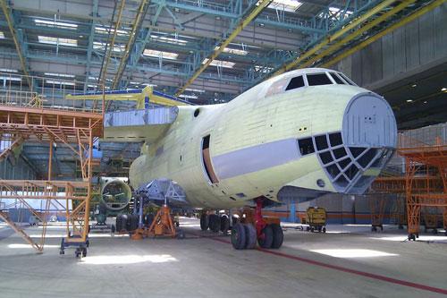 伊尔476重型�:/���._俄媒:有望出口中国40架伊尔-476重型运输机(组图)