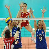 图文:中国女排3-0韩国 曾春蕾拦网得手