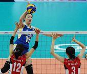 图文:中国女排3-0韩国 马蕴雯进攻