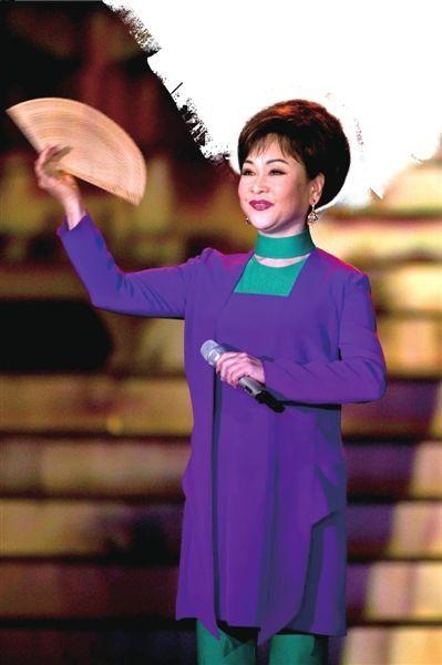 李谷一从艺50周年演唱会。《京华时报》记者吴平摄