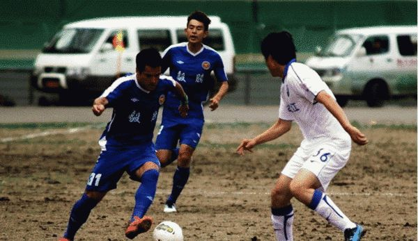 2012年与天津队比赛时的会展中心场地