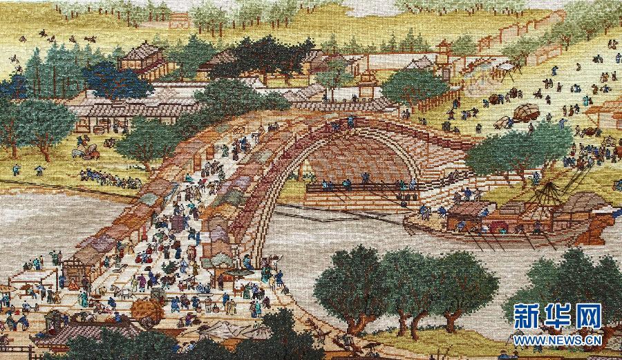 山东下岗女工233万针绣巨幅《清明上河图》