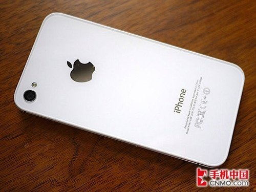 苹果iPhone 4S背面图片
