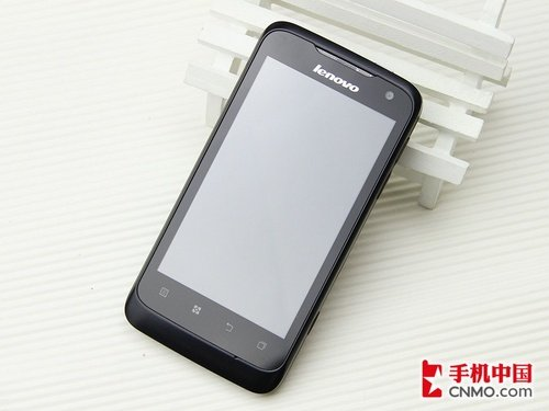 联想乐Phone P700正面图片
