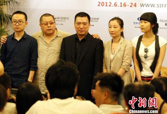 《神探亨特张》导演携非职业演员在上海角逐金爵奖