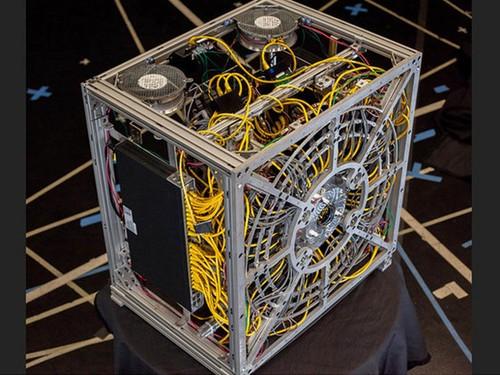 美国AWARE-2试验机 10亿像素带来的猜想