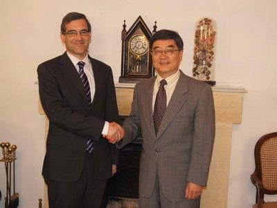 驻马耳他大使蔡金彪拜会马卫生,老年和社区服务部长(图)