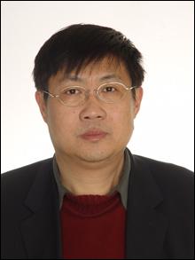 中国 首次/作者简介: