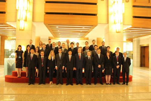 外交部副部长:深化中欧关系始终是外交重要方向