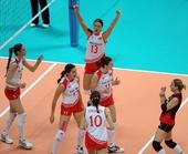 图文:[大奖赛]女排1-3土耳其 土耳其队庆祝