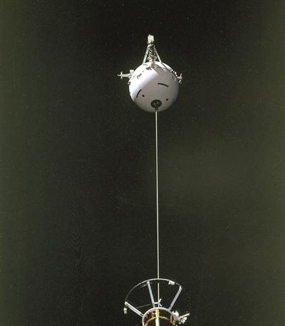 21公里的太空绳拖着卫星