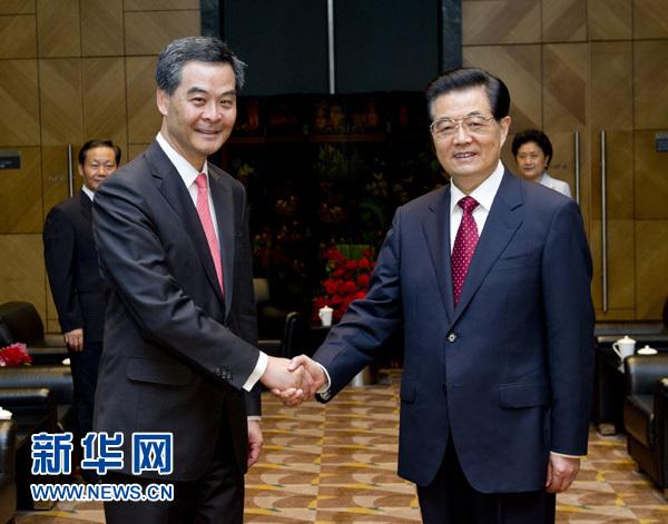 胡锦涛会见香港特别行政区行政长官梁振英(图