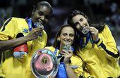 图文:2012世界女排大奖赛颁奖 巴西三大猛将