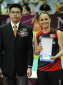 图文:2012世界女排大奖赛颁奖 最佳一传古登
