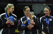 图文:2012世界女排大奖赛颁奖 美国三人组