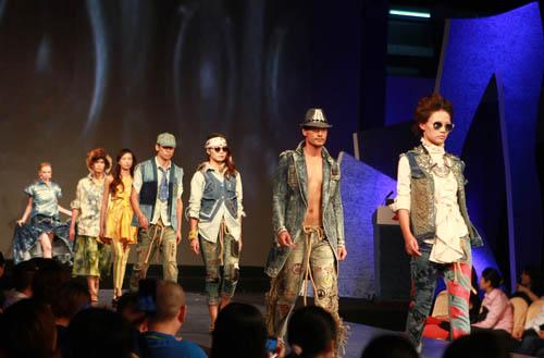 2013英威达创新牛仔面料发布SHOW重装上阵