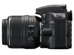 高像素PK同级产品 尼康单反D3200降百元