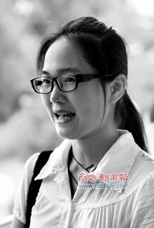 龙飘飘 刘媚摄/大三学生龙飘飘做过多种兼职,积累了丰富的社会经验。南都记者...