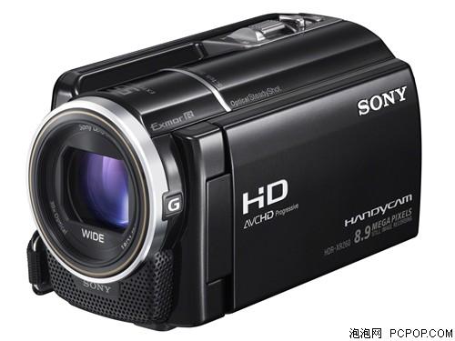 机身背部采用23万像素的3英寸触摸式液晶显示屏,显示效果出色。索尼HDR-XR260E不仅内置容量达160G的超大硬盘,还可以通过SD卡扩展容量,满足用户长时间的拍摄需求。