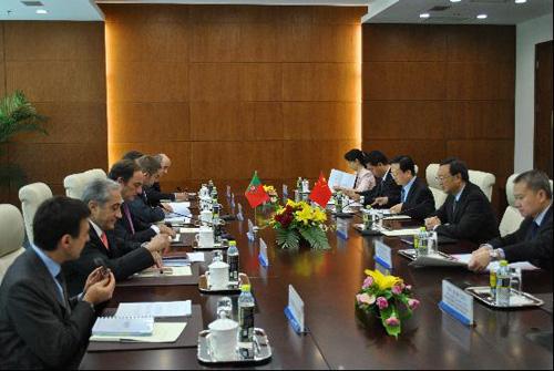 北京快3计划软件手机版下载,杨洁篪同葡萄牙国务部长兼外长举行会谈