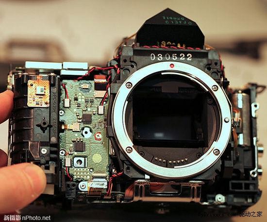 一饱眼福 佳能5D Mark III拆机欣赏