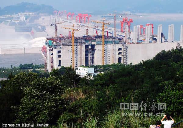 电站最大水电站三峡世界全面投产建成(图)井底之蛙视频图片