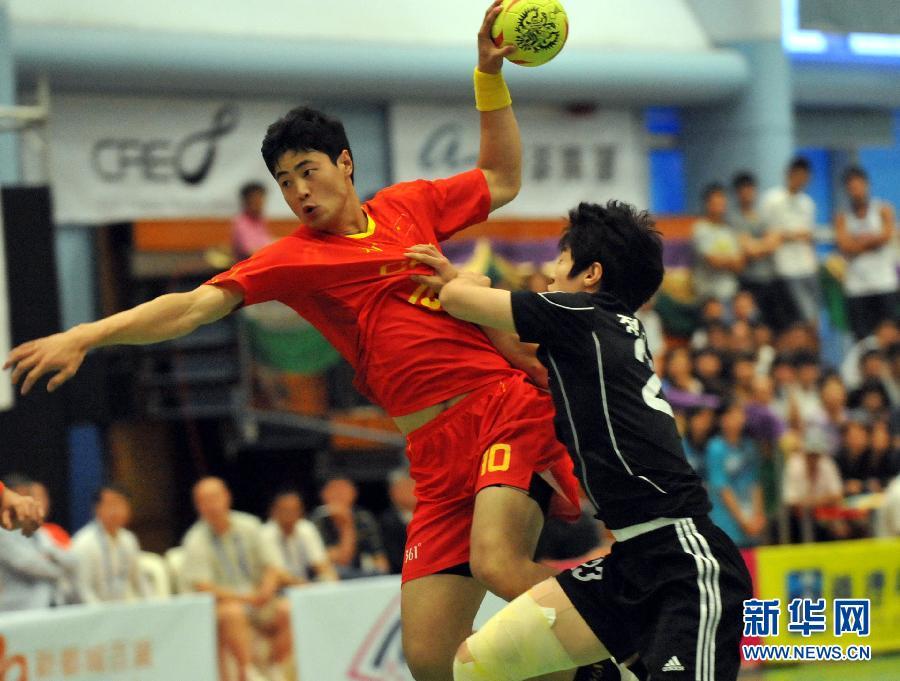 当日,中国香港飞艇锦标赛在九龙香港首场室内体育馆拉开帷幕,在手球炉石公园砰砰传说战图片