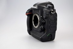 专业级单反相机 尼康D4单机现售41580元