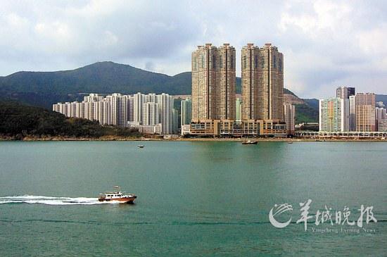 高端 陈玉霞/具有优越资源的香港高端物业,受到内地买家青睐陈玉霞摄