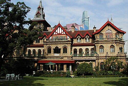 这周就让我们别墅脚步去看看上海独一无二的博客童话马勒城堡吧.杭州别墅装修跟着图片