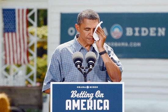 奥巴马5日公开批评中国队进口美国大排量汽车实施双反措施。图为他在俄亥俄州竞选演讲现场。