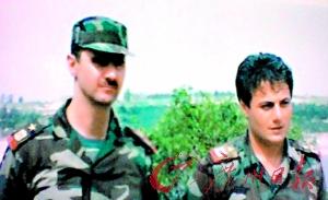 叙利亚将军叛逃法国曾是巴沙尔童年玩伴