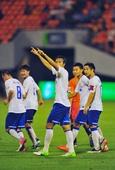 图文:[中超]鲁能3-1人和 杜威庆祝进球