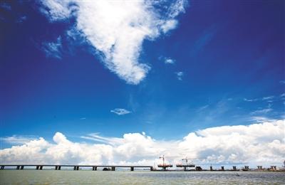 沿江高速: 架在大海上的高速路