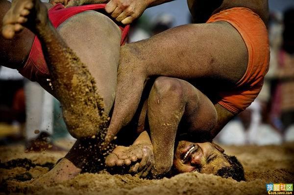 印度泥地摔跤