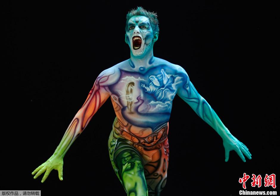 亚卅人体艺木_亚,一年一度的世界人体彩绘节妖娆上演,来自44个国家的200多名艺术家