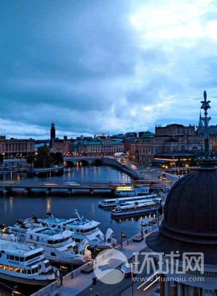 瑞典新的烹调法,绝对符合北欧人的饮食用材及灵感,反映了这个国家人们的心境。图片上是斯德哥尔摩大酒店的美景。