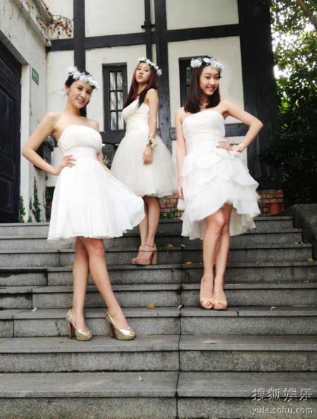 李小璐伴娘团名单_宣璐抹胸小礼服变李沁伴娘 期待属于自己的婚礼-搜狐娱乐