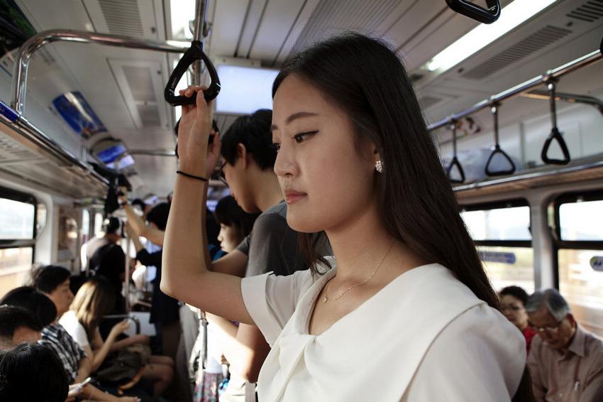 实拍:韩国人造美女选美大赛组图 搜狐新闻